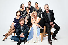 240px-Offspring_TVSeries_Cast