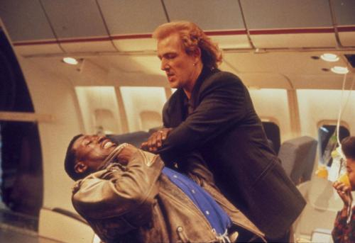 still-of-wesley-snipes-and-bruce-payne-in-passenger-57-(1992)-large-picture