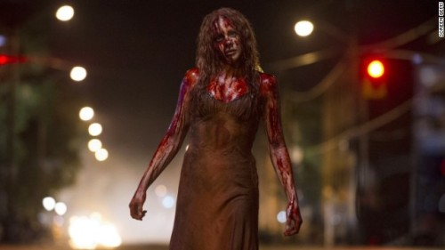 131018181528-carrie-movie-still-4-story-top